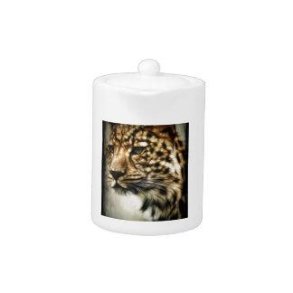 El gato salvaje del leopardo mancha safari de la n