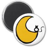 El gato y la luna imán redondo 5 cm