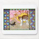 El gato y las ilustraciones del cuervo alfombrilla de ratones