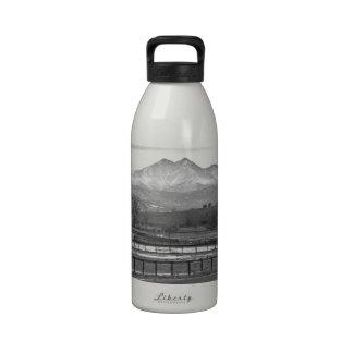 El gemelo enarbola el Mt más manso y desea país má Botellas De Agua Reutilizables