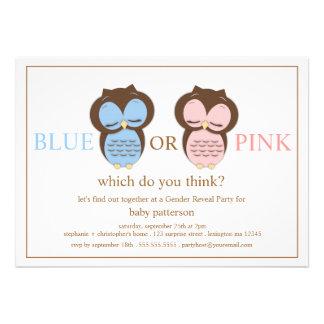 El género azul o rosado del bebé de los pequeños b anuncios personalizados