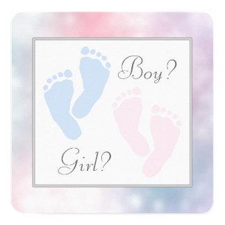 """El género rosado de la huella de los pies del bebé invitación 5.25"""" x 5.25"""""""