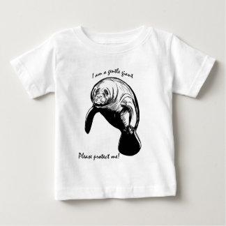¡El gigante apacible! Playera Para Bebé