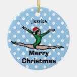 El gimnasta personaliza el ornamento de Santa del Ornamentos De Reyes
