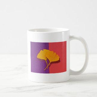 El Gingko sale de la taza de café