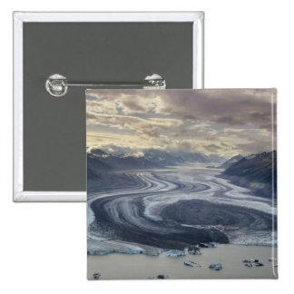 El glaciar de Lowell fluye en el río de Alsek aden Pin Cuadrada 5 Cm