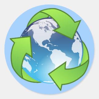 El globo cristalino de la tierra recicla el icono etiqueta redonda