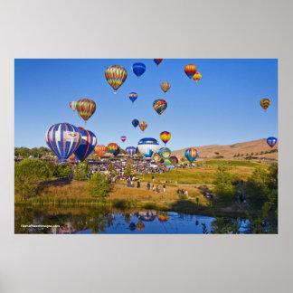El globo de Reno compite con 2010 Impresiones