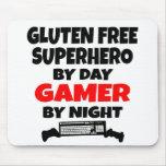 El gluten del videojugador libera al super héroe tapetes de ratón