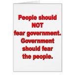 El gobierno debe temer a gente tarjetas