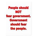 El gobierno debe temer a gente tarjetas postales