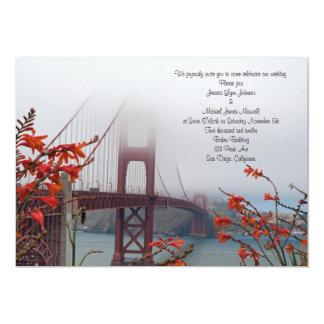 """El Golden Gate con el naranja florece la Invitación 5"""" X 7"""""""