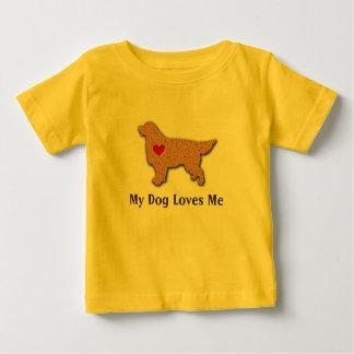 El golden retriever mi perro me ama playera de bebé