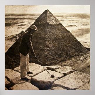 El Golfing en la pirámide Póster