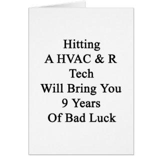 El golpe de una tecnología de la HVAC R le traerá Tarjeta Pequeña