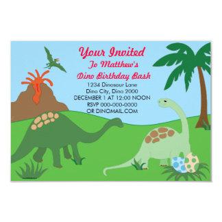 El golpe del cumpleaños del dinosaurio invita invitación
