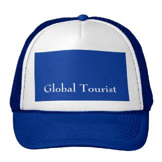 El gorra azul de los hombres turísticos globales