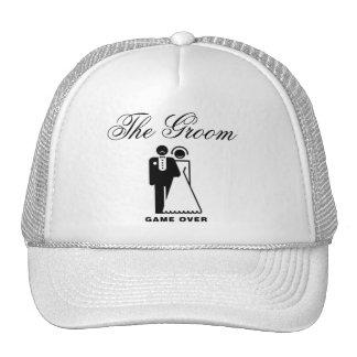 El gorra del boda del novio