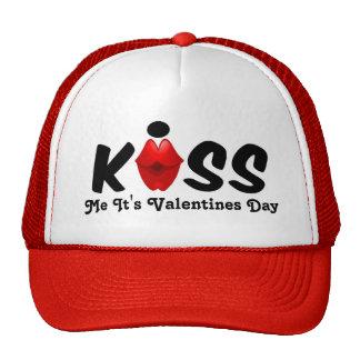 El gorra me besa que es día de San Valentín