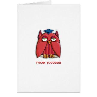 El graduado rojo del búho le agradece tarjeta de n