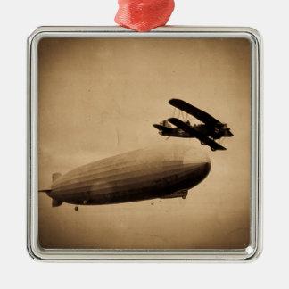 El Graf Zeppelin Approaching New York City 1928 Adorno Navideño Cuadrado De Metal