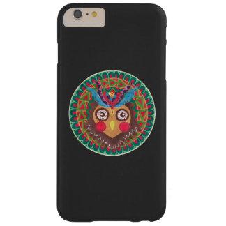 El gran búho de cuernos tribal funda para iPhone 6 plus barely there