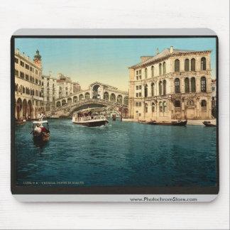 El Gran Canal con el puente de Rialto, Venecia, él Mousepads