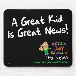 """El """"gran niño es grandes noticias"""" Mousepad"""