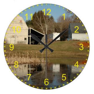 El granero gris reloj redondo grande