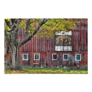 El granero viejo de la granja lechera fotografia