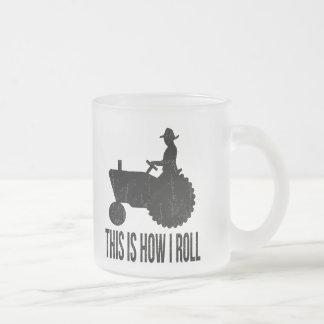 El granjero en el tractor esto es cómo RUEDO Taza Cristal Mate