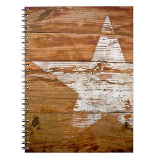 El grano de madera apenado cuaderno se descoloró