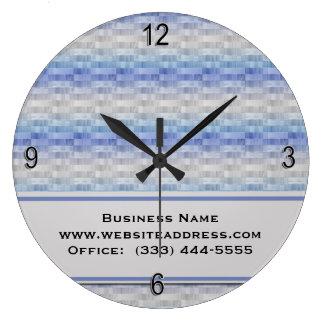 El gris azul púrpura moderno ajusta el reloj de