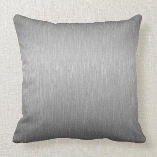 El gris de plata metalizada cepilló la mirada de a cojines