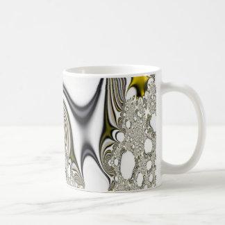 El gris del arte del fractal cubre la taza