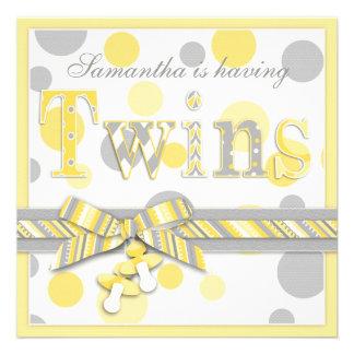 El gris gemelo del amarillo de los bebés puntea la comunicado personalizado