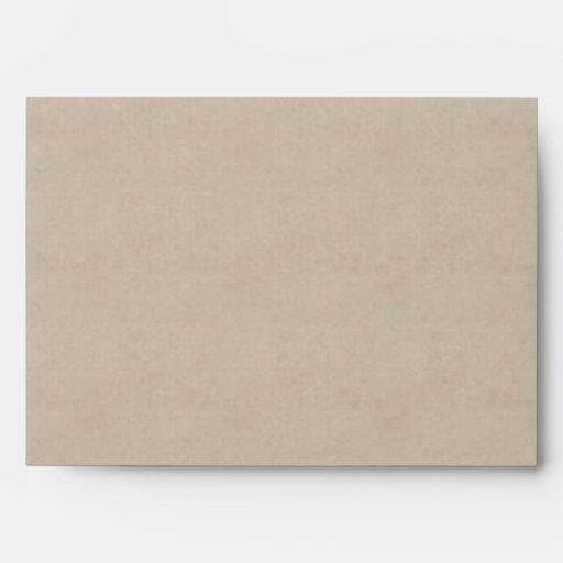 El gris gotea el sobre de la invitación del boda d