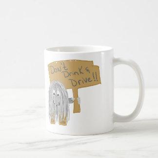 El gris no bebe y no conduce taza de café
