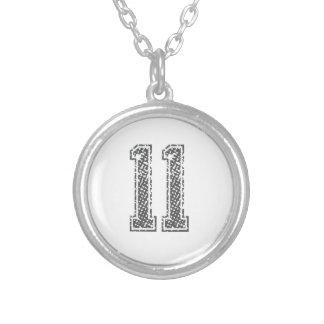 El gris se divierte el jersey #11 collar plateado
