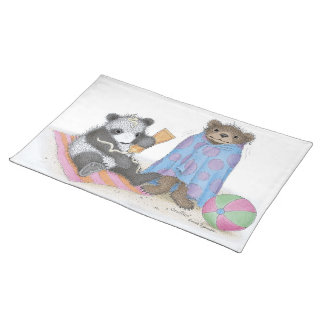 El Gruffies® Placemats Mantel