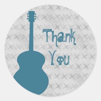 El Grunge azul de la guitarra le agradece los Pegatina Redonda