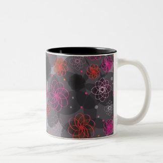 El grunge lindo florece la taza