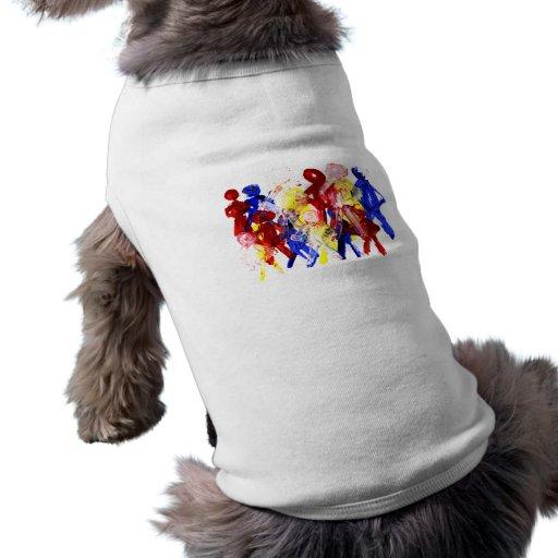El grupo de palillo derecho figura la pintura de d camisetas de mascota