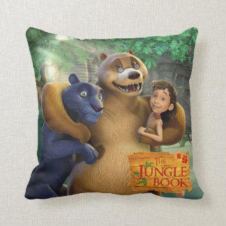 El grupo del libro de la selva tiró 1 almohada