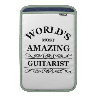 El guitarist.png más asombroso del mundo fundas MacBook