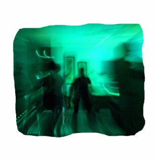 El guitarrista y los bailarines enfocaron aguamari escultura fotografica