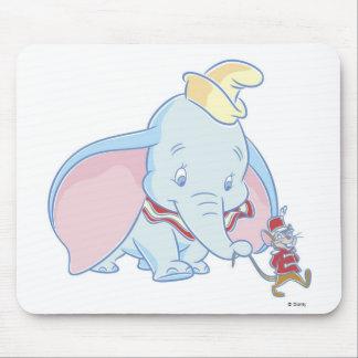 El hablar de Dumbo Dumbo y de Timothy Q. Mouse Alfombrillas De Ratón