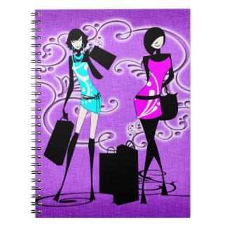 El hacer compras púrpura de moda de los modelos de libros de apuntes con espiral