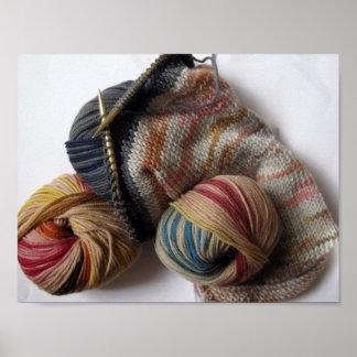 El hacer punto con hilado de lanas póster