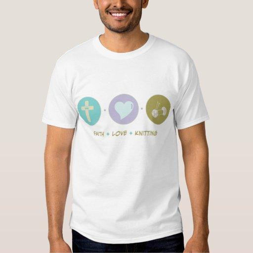El hacer punto del amor de la fe camisas